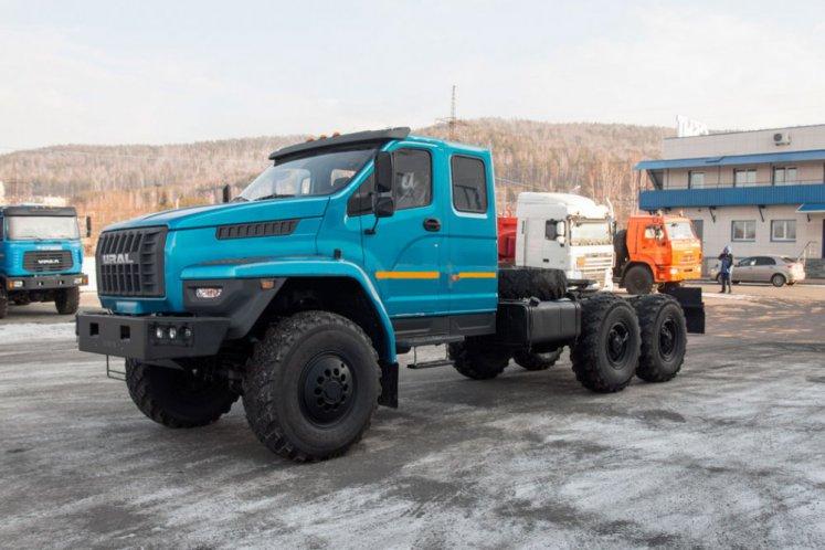 Фото: Седельный тягач Урал NEXT 4320-72Е5, сдвоен. кабина, спальное