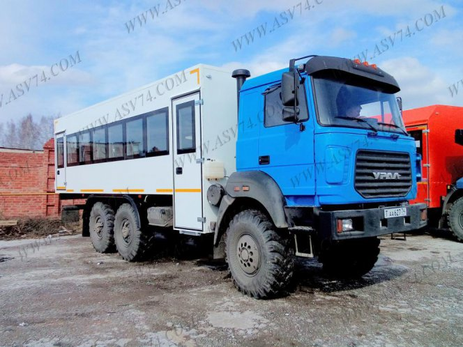Фото: Вахтовый автобус Урал 4320, 28 мест