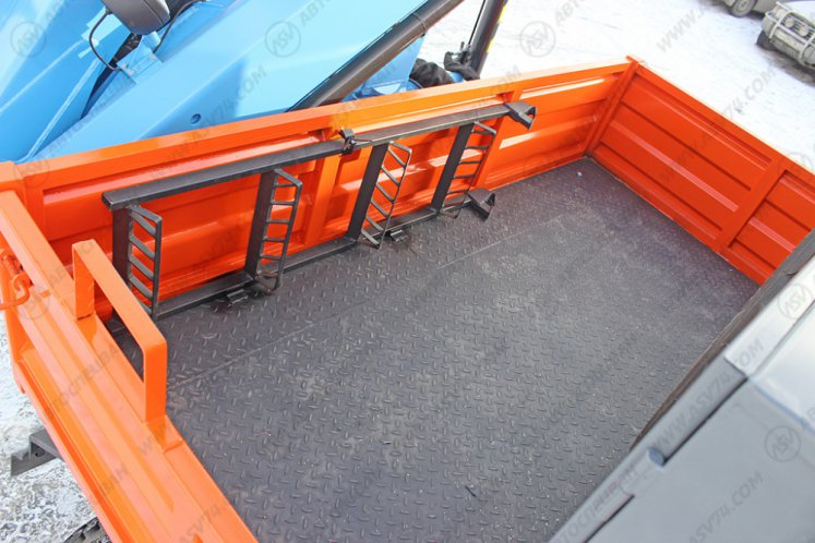 Фото: Агрегат ремонта и обслуживания качалок КАМАЗ 43118 с КМУ ИМ-95