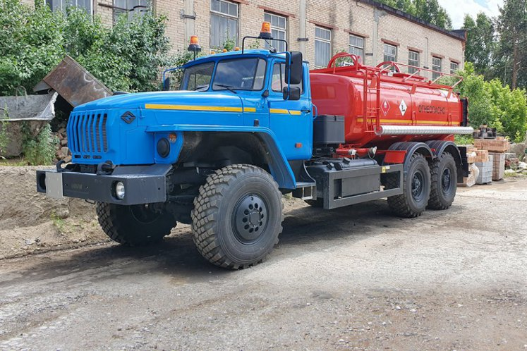 Фото: Автотопливозаправщик АТЗ-10 УРАЛ 4320-1912-60 (в наличии)