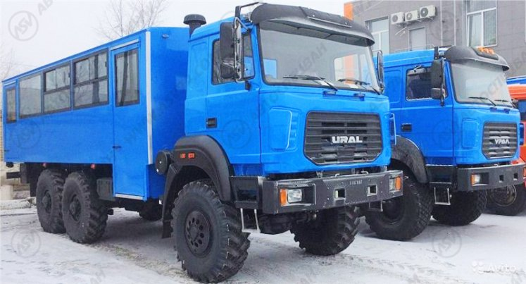 Фото: Вахтовый автобус Урал 3255-3013-79М-28, 28 мест