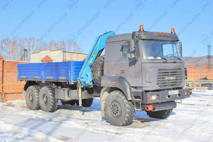 Фото: Бортовой автомобиль Урал 4320-80М (бескапотный) с КМУ ИМ-150
