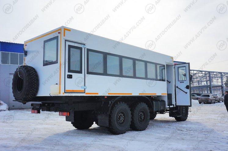 Фото: Вахтовый автобус КАМАЗ 43118-3078-46, 28 мест