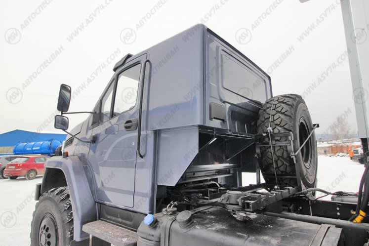 Фото: Изотермический фургон Урал-NEXT 4320-6952-72(Е5) Г38 Рефрижератор