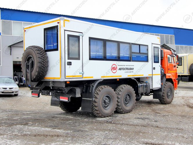 Фото: Вахтовый автобус КАМАЗ 43118-3027-50, 24 места