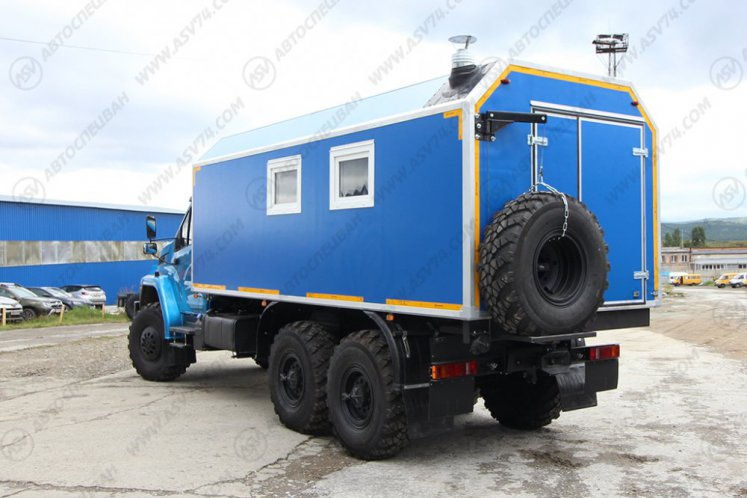 Фото: Транспортно-бытовой автомобиль (ТБМ) Урал NEXT 4320-6952-72(Е5)