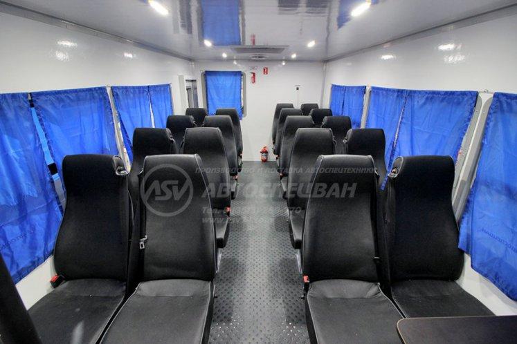 Фото: Вахтовый автобус Урал NEXT 4320-6952-72 (Е5) Г38 спальное место, 20 мест