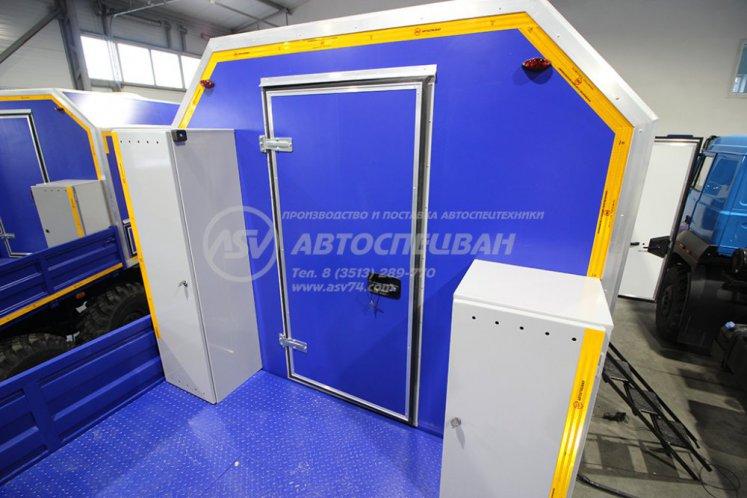 Фото: Агрегат наземного ремонта водоводов АНРВ Урал 4320-4152-81М с КМУ ИМ-50