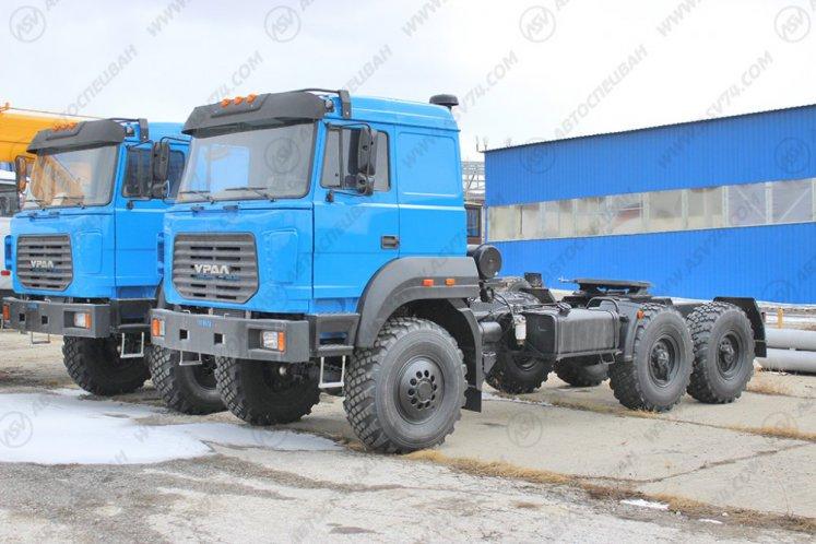 Фото: Седельный тягач Урал 44202-3511-82М