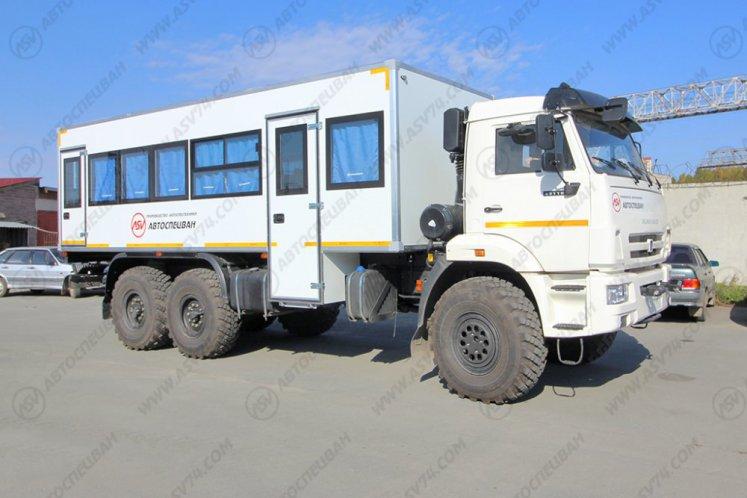 Фото: Вахтовый автобус КАМАЗ 43118-3027-50, 28 мест (белый)