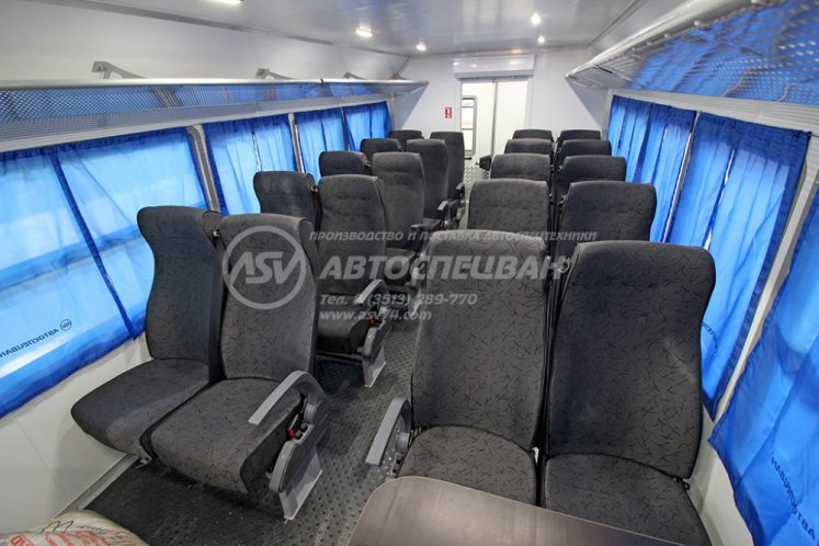 Фото: Вахтовый автобус КАМАЗ 43118-3027-50, 20 мест с грузовым отсеком