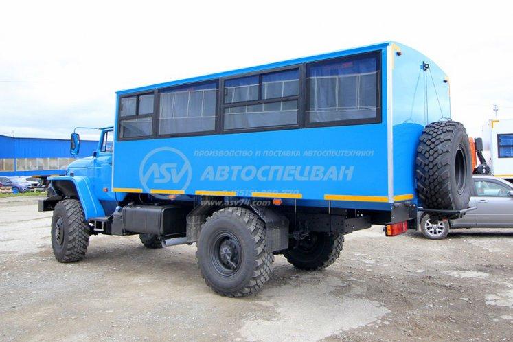 Фото: Вахтовый автобус Урал 32552-0013-61Е5, 20 мест