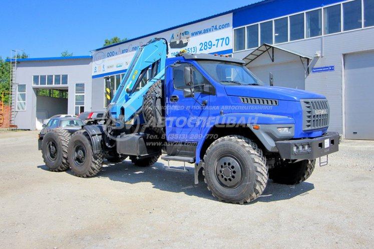 Фото: Седельный тягач Урал 4320 NEXT с КМУ ИМ-150