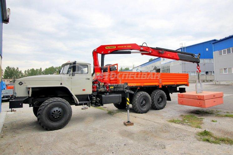 Фото: Бортовой автомобиль Урал 4320 (капотный) с КМУ ИМ-150N