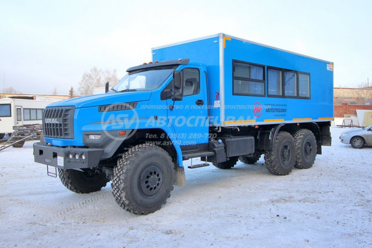 Фото: Вахтовый автобус с грузовым отсеком Урал NEXT4320-6952-74 (Е5) Г38, 16 мест