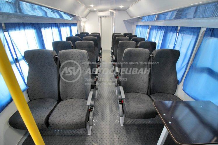 Фото: Вахтовый автобус КАМАЗ 43118-3027-50, 20 мест с грузовым отсеком (LUXE)