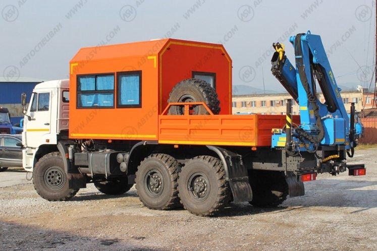 Фото: Вахтовый автобус с бортовой платформой и КМУ ИМ-95 КАМАЗ 43118-3027-46, 8 мест