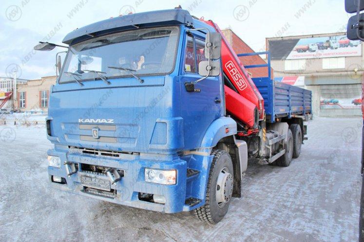 Фото: Бортовой КамАЗ 6520-3072-43 с КМУ Fassi F275A.0.22