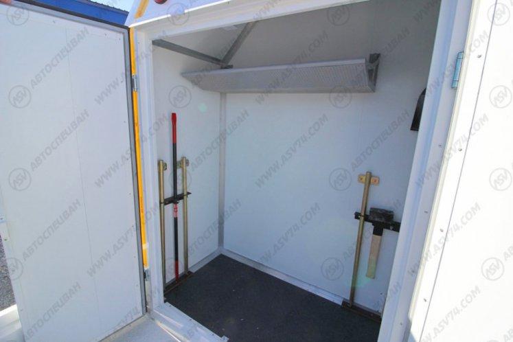 Фото: Передвижная мастерская Камаз 43118-3027-46 с бортовой платформой и КМУ