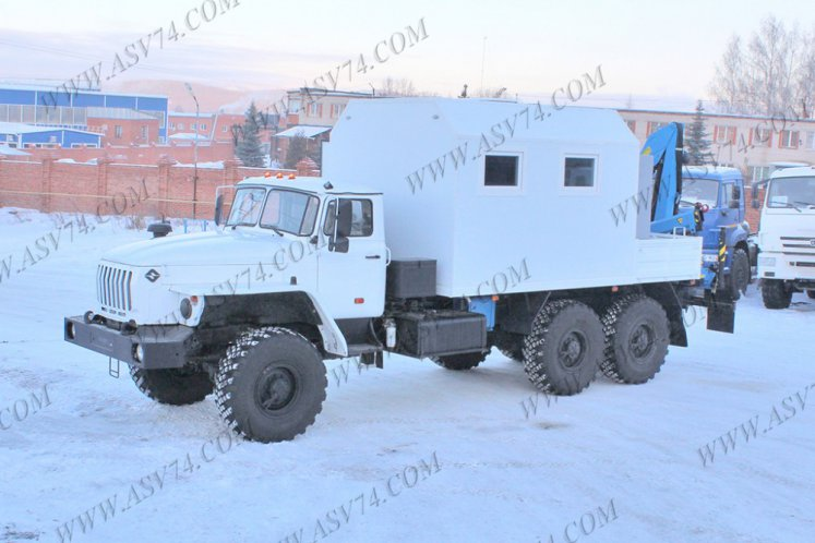 Фото: Агрегат ремонта и обслуживания качалок Урал 4320 с КМУ ИМ-50