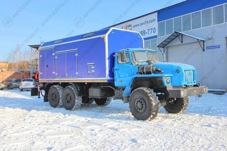 Фото: Передвижная мастерская Урал 4320-1912-60 с токарным станком и КМУ Fassi F95