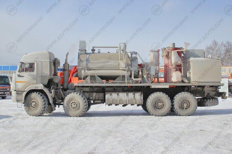 Фото: Паропромысловая установка ППУ 3500 на шасси КАМАЗ-63501-25
