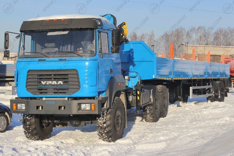 Фото: Седельный тягач Урал 44202-3511-82 (бескапотный) с КМУ ИМ-150