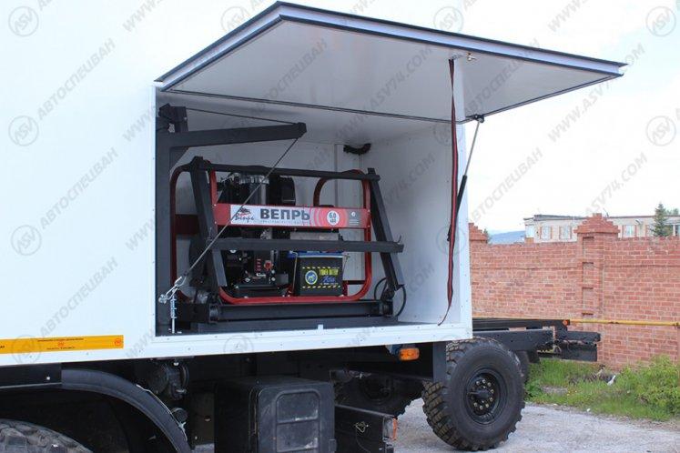Фото: Транспортно-бытовой автомобиль КамАЗ 43118-3027-46