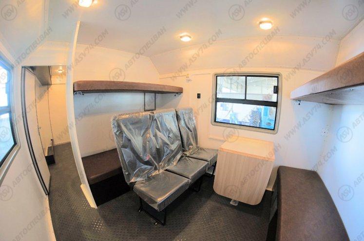 Фото: Транспортно-бытовой автомобиль ТБМ Урал 4320-1112-60М с отсеком для перевозки людей