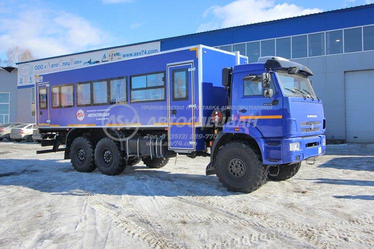Фото: Вахтовый автобус КАМАЗ 43118-3027-50, 32 места. Дуги безопасности салона.
