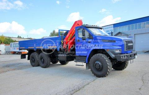 фото: Бортовой автомобиль Урал 4320 NEXT (капотный) с КМУ ИМ-150N